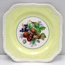 Image of 1994.062.006 - Plate, Dessert