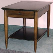 Image of 2003.023.002 - Table, End