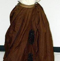 Image of 1968.008.015 - Skirt