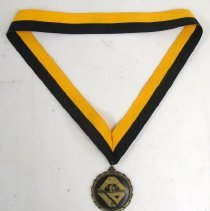 Image of 2014.015.012 - Medal