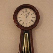 Image of 1999.12.80.8 - Banjo Clock,  Howard type