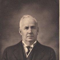 Image of George Walker Grand Master 1890-1891 - 2012.12.304