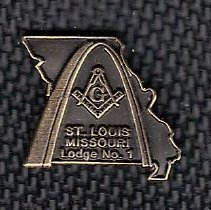 Image of St Louis Lodge No. 1 new member pin - 2014.3.71