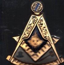 Image of Masonic Whiskey Past Master Decanter - 2015.8.166