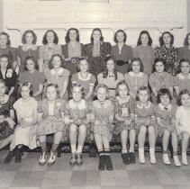 Image of Masonic Home of Missouri Children 1939 (girls) - 2017.5.201