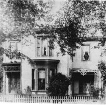 Image of 2000.003.6066 - Residence