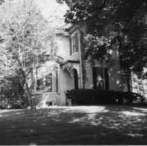 Image of 2000.003.6067 - Residence