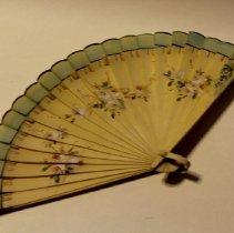 Image of 2003.004.0035 - Fan