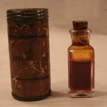 Image of Vial of Veedol oil from Graf Zeppelin, 1928