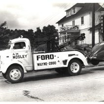 Image of A.W. Mosley Ford dealership tow truck, Wayne, PA