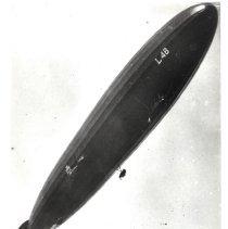 Image of German Navy zeppelin L-48 in flight