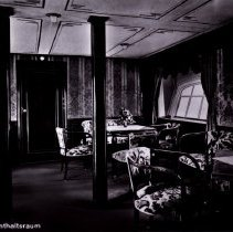 Image of The lounge aboard Graf Zeppelin LZ 127, 1930