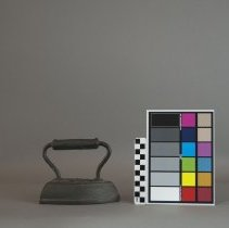 Image of With color card and scale