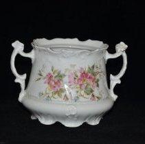 Image of Sugar bowl 1972.01.04a