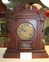 Image of Clock, 81.2.011
