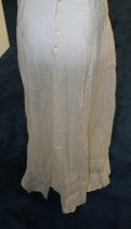 Image of Dress, 89.5.001, Reverse 3