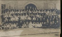 Image of Reuel B. Pritchett Museum Collection - Bridgewater College, Students and Faculty of the College and Academy, 1908-1909