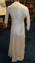 Image of Dress, 92.3.001a reverse