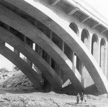 Image of F-0595 - Arch Ribs of Dayton Avenue Bridge