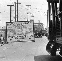 Image of F-0626 - Macy Street Viaduct and Bridge sign