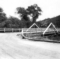 Image of F-0755 - Rhodes Avenue Bridge