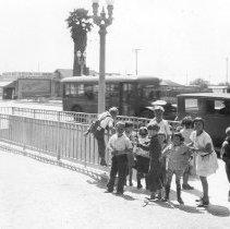 Image of F-1002 - 67th Street and San Pedro Street School Tunnel