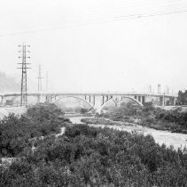 Image of F-1109 - General view of Spring Street Viaduct