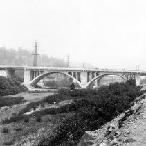 Image of F-1111 - Spring Street Viaduct