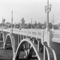 Image of F-1389 - Fourth Street and Lorena Street bridge