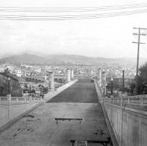 Image of F-1516 - Glendale-Hyperion Viaduct