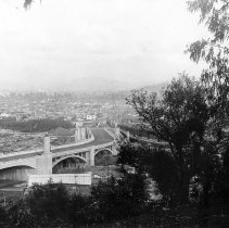 Image of F-1537 - Glendale-Hyperion Viaduct