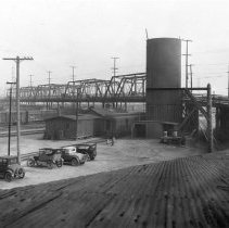 Image of F-1669 - Old East Fourth Street viaduct