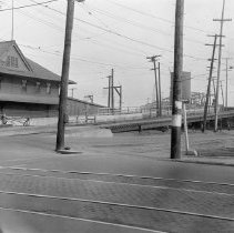 Image of F-1670 - Old East Fourth Street viaduct
