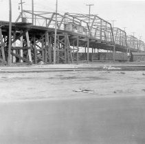 Image of F-1672 - Old East Fourth Street viaduct