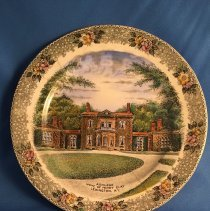 Image of 1988.1031 - Plate, Decorative