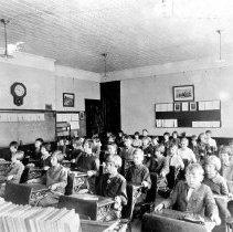 Image of Bingham Street School Classroom - 1996-01-001.010.005