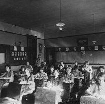 Image of Cherry Street School Classroom, 1919