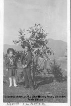 Image of Guin & Lance Robinson, date unknown - Photograph