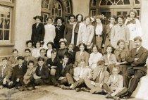 Image of Tamalpais High School Class of 1913                                                                                                                                                                                                         - Print, Photographic