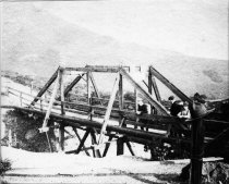 Image of Bridge at Mountain Home Inn, date unknown