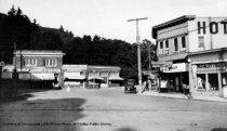 Image of Throckmorton Avenue circa 1905-1915                                                                                                                                                                                                                     - Print, Photographic