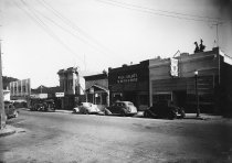 Image of Throckmorton Avenue looking towards Miller Avenue, late 1930s                                                                                                                                                                                                  - Print, Photographic