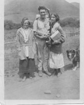 Image of Betty Gardiner, Lance Robinson and Vera Pearl, circa 1917 -