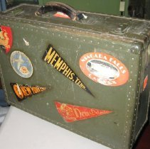 Image of Suitcase - 2001.007.0030