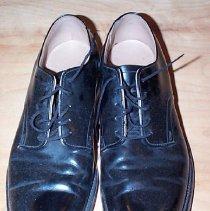Image of Shoe - 2006.053.001