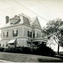 Image of Possible Unknown House postcard
