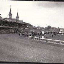 Image of First Turn of the 1933 Kentucky Derby