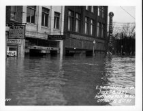 Image of 4th Ave & 8th St, 1937 flood