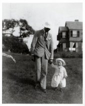 Image of FDR & daugthter Anna at Campo, 1907