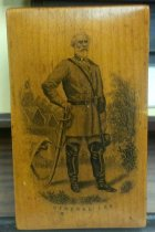 Image of Small, hinged, wooden box with image of Gen. Lee on lid.  - 2006.0703